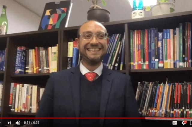 学校長Philip先生の自己紹介ビデオでLET'Sリスニング!