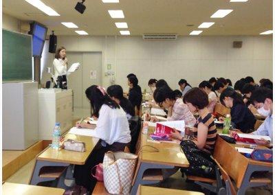 大学出張講座の風景